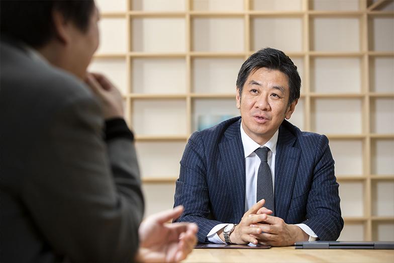 プロフェッショナル・アドバイザーとしての松尾氏が、「お金が回る企業にする」ために提供しているサービスは、じつに多岐にわたる。そのままでは経営が行き詰まっていたはずの企業が、同氏の獅子奮迅の活動により、企業価値を向上させ、事業継続を果たした事例は枚挙にいとまがない。
