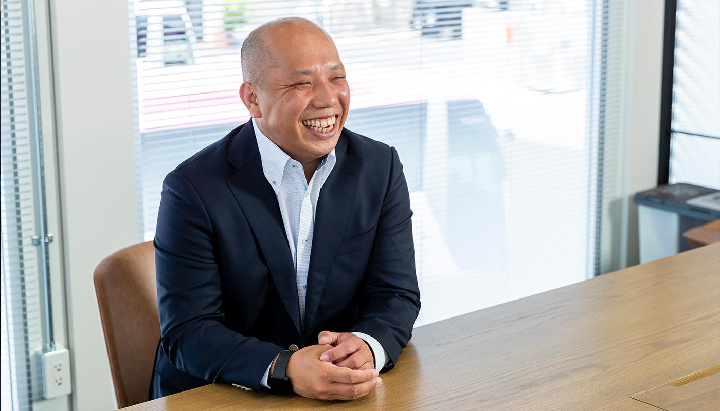 ベイラインエクスプレス株式会社 代表取締役社長 森川 孝司 / 運転士 石川 貴之
