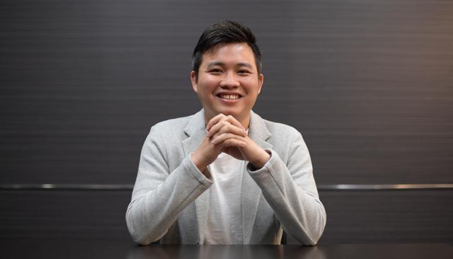 株式会社システムデバイステクノロジー システムエンジニア 李 逸晉